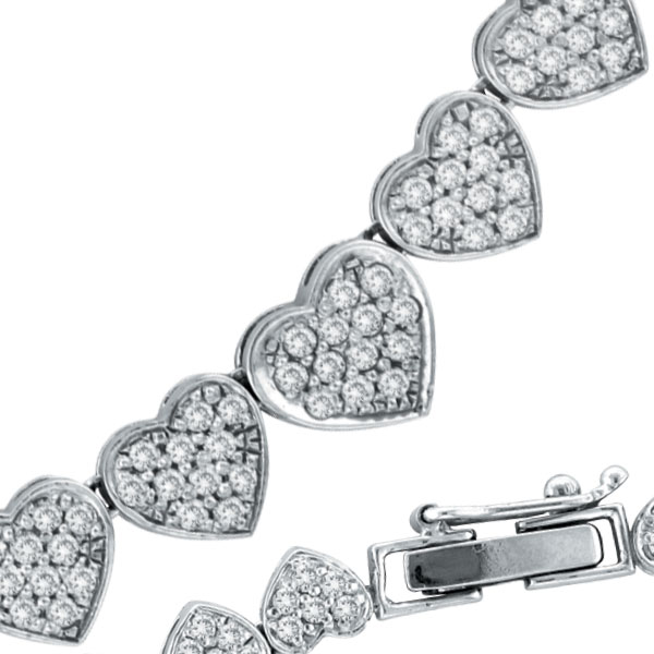 Jewelry - 14 K White Gold Diamond Heart Eternity Necklace.