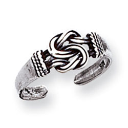 Jewelry - Sterling Silver Antiqued Love Knot Toe Ring.